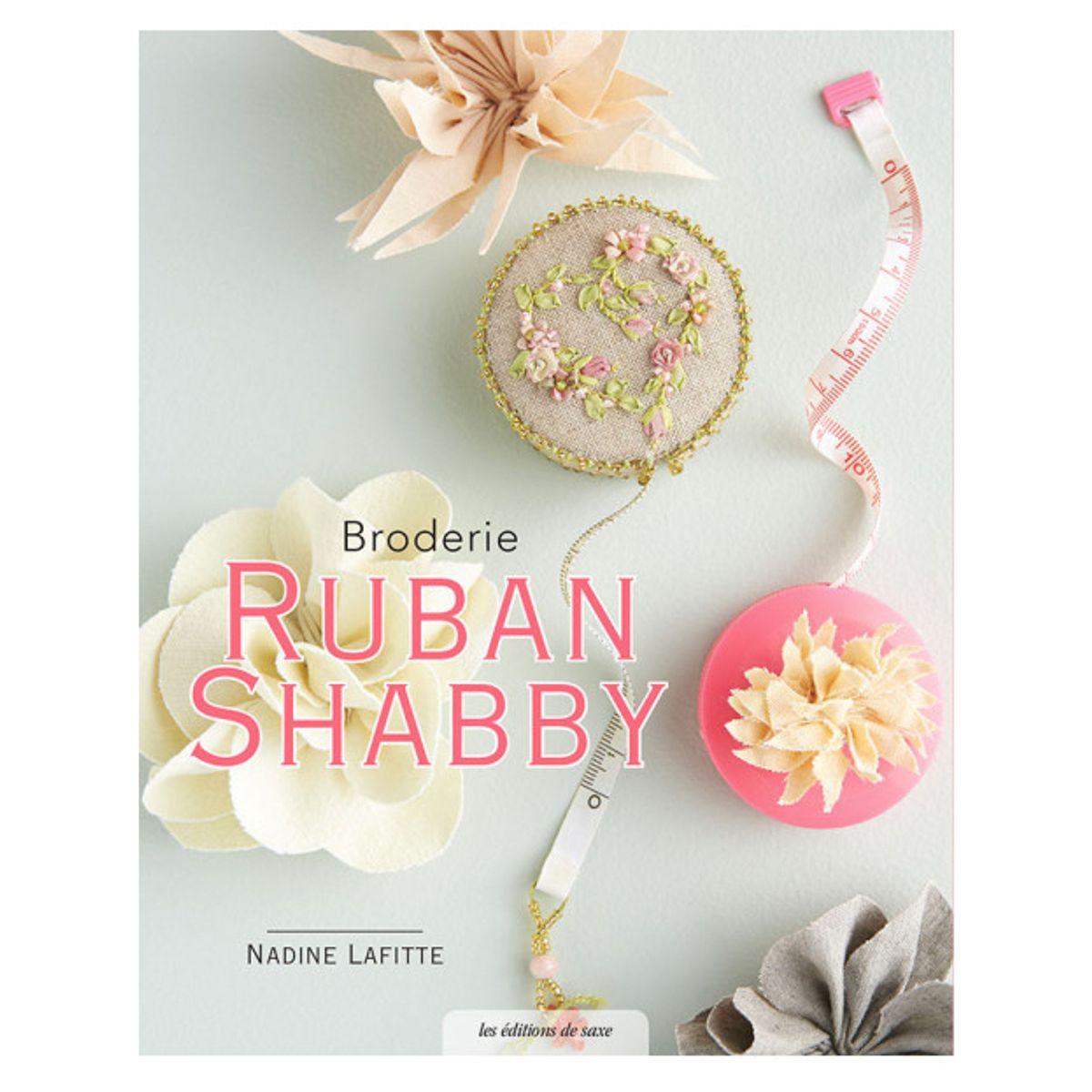 Livre broderie ruban shabby